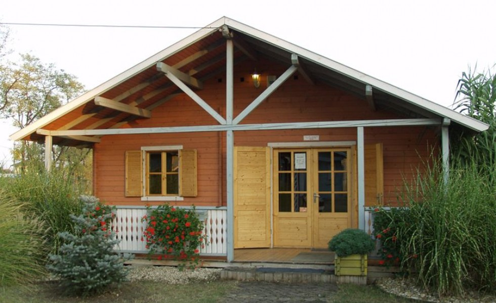 Small wooden house design ideas - Small wood homes ...