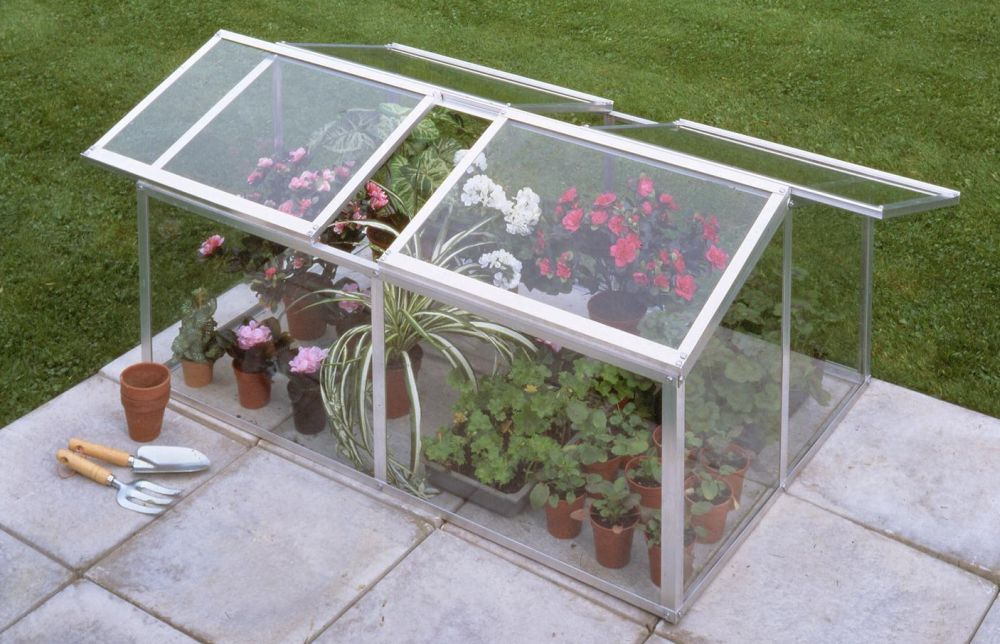 How To Build A Mini Greenhouse Step By