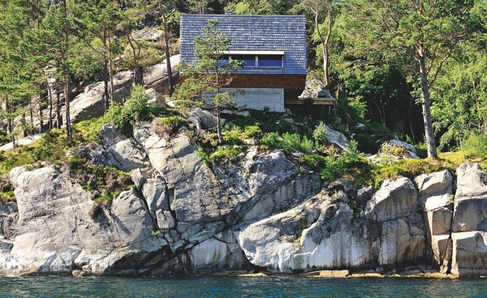The house on the rock the ultimate refuge in a norwegian fjord - The house on the rock the ultimate refuge in a norwegian fjord ...