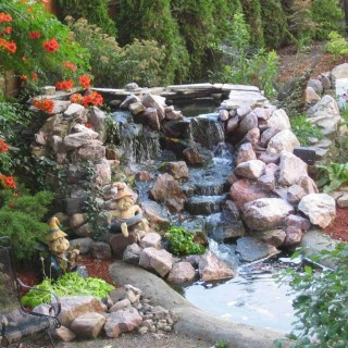 How to build a pond with waterfall in the garden
