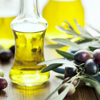 DIY uses for olive oil at home