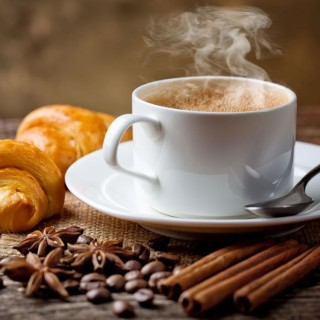 Myths and truths about coffee consumption