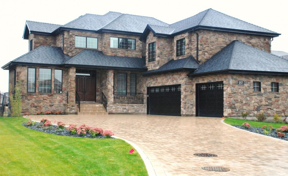 houses with stone veneer natural textures houz buzz ForStone Veneer House Pictures