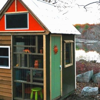 The scouts' tiny house in America