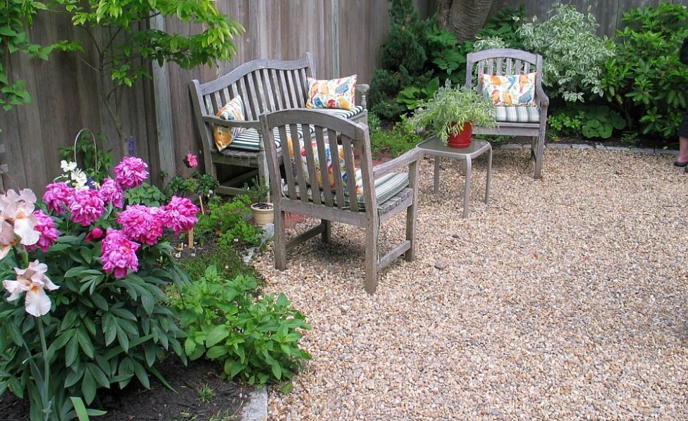 25 Pebble Garden Decoration Ideas