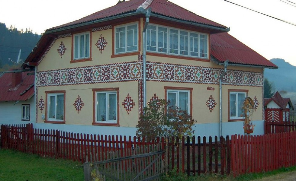 houses with romanian traditional motifs houz buzz