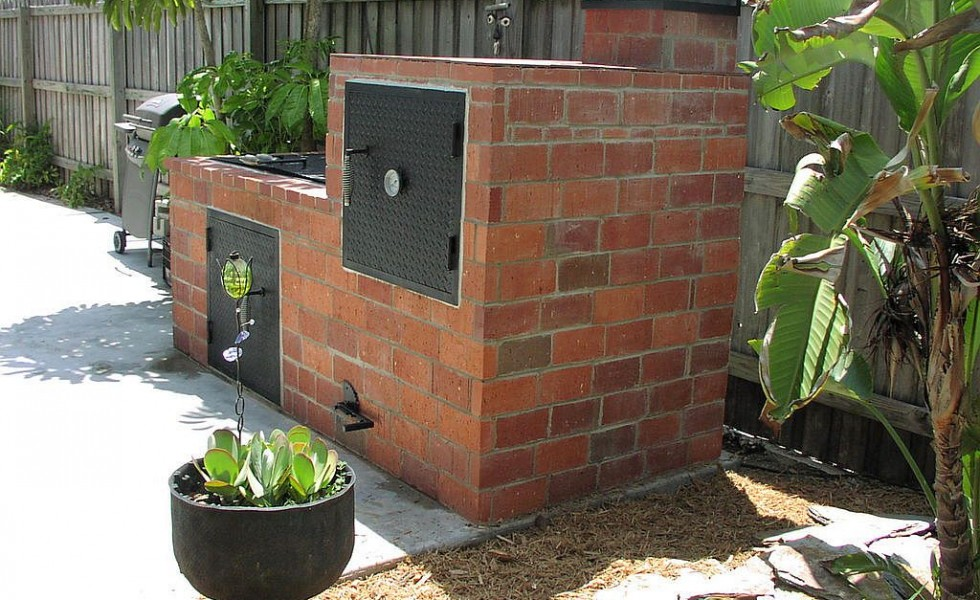 Building an outdoor brick barbecue in a few easy steps houz buzz - Building your own brick smokehouse in easy steps ...