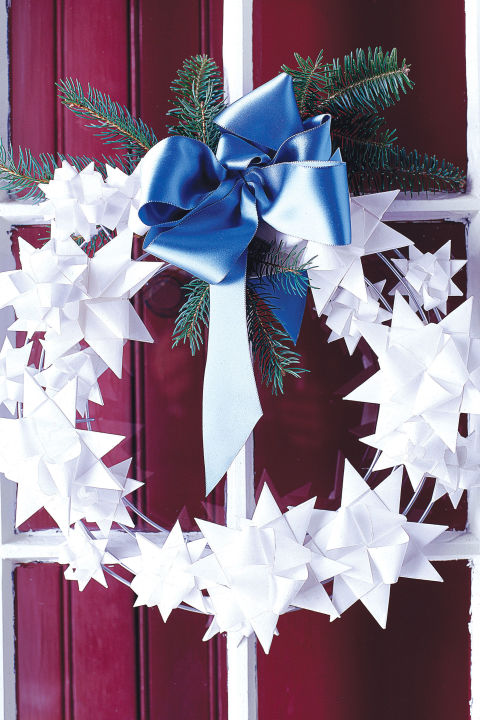 What Kind Of Christmas Decorations Are Used In Spain : Christmas wreath ideas for fun original decorations