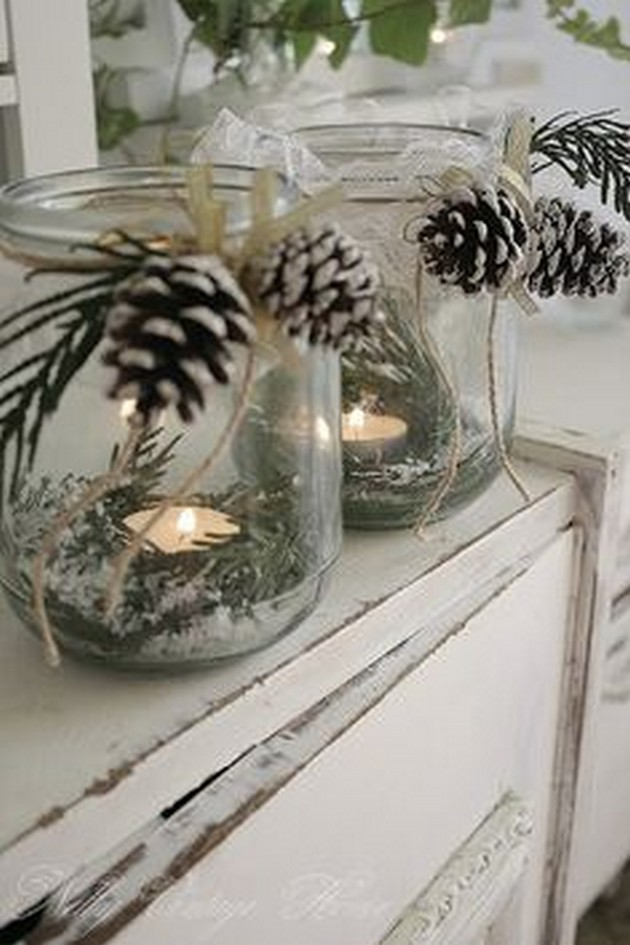 crafty winter decorations with pine cones paint 2