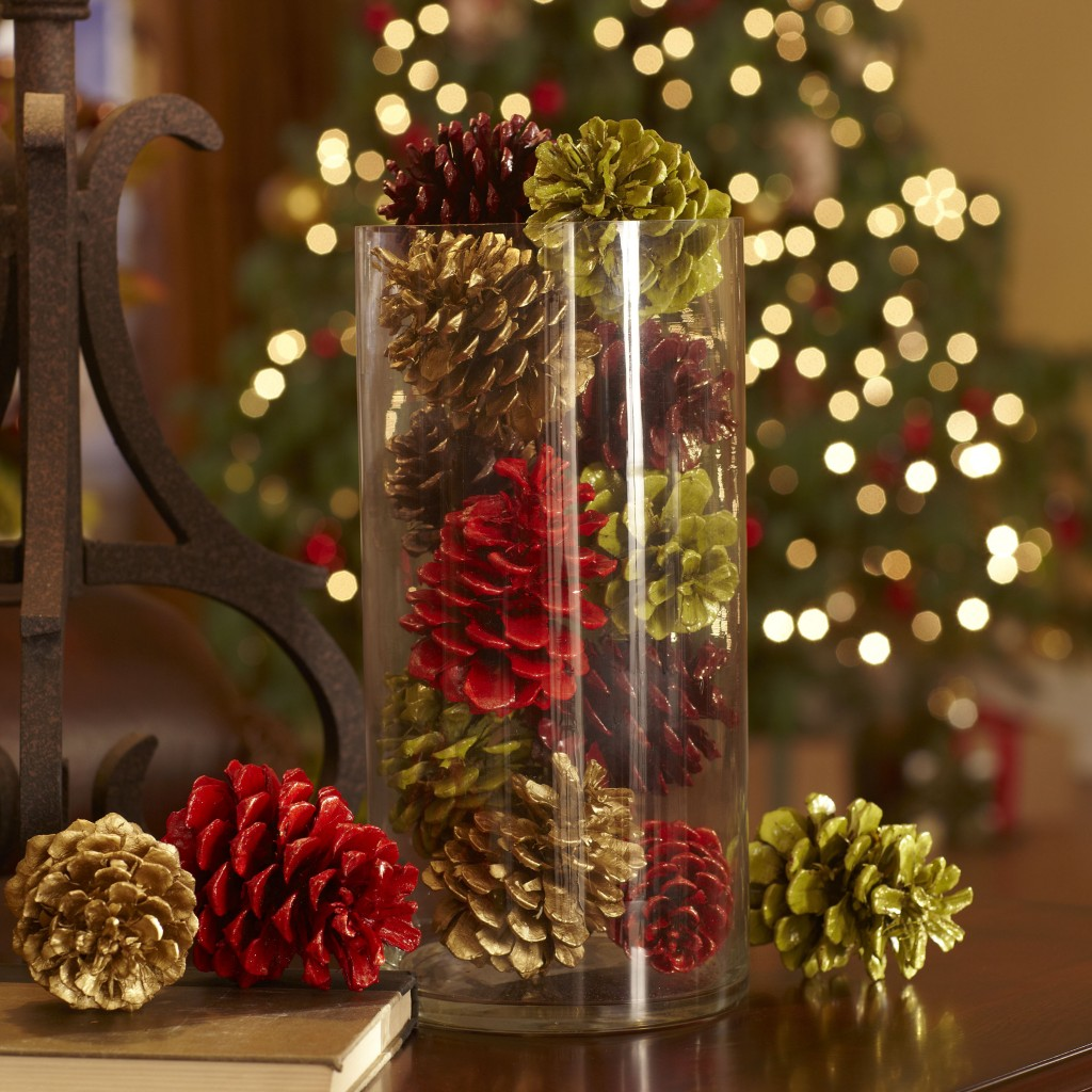 crafty winter decorations with pine cones 6