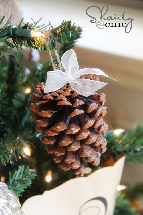 crafty winter decorations with pine cones tree 1