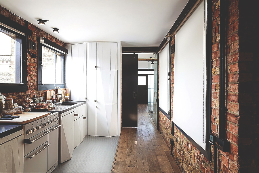 Industrial Style Homes. When Austerity Smartly Turns to Luxury