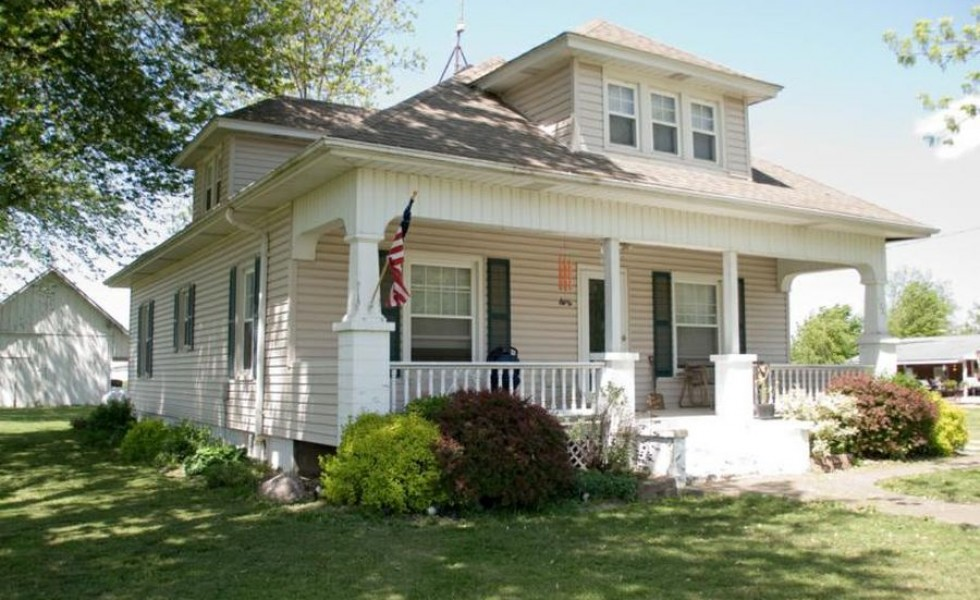 Old American style houses which are practical