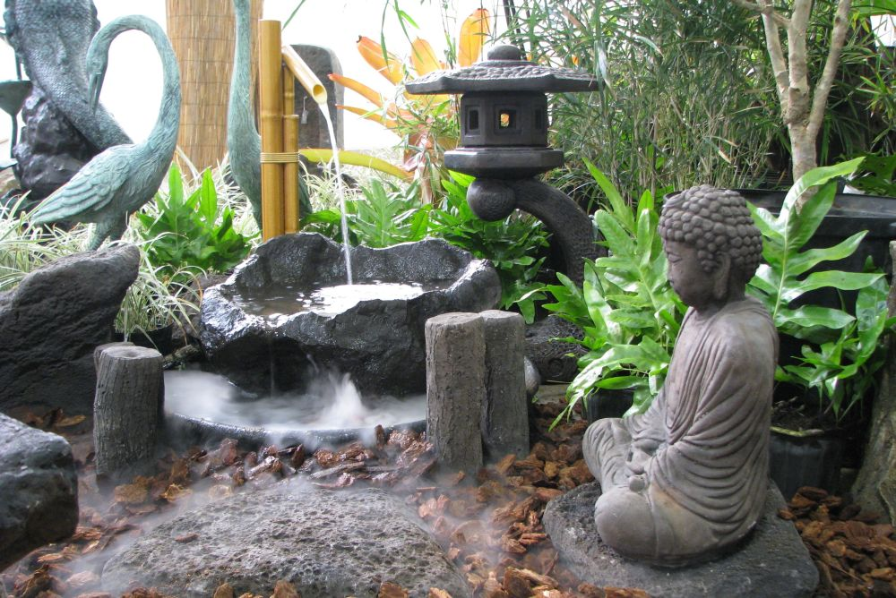 Japanese Style Garden Furniture Brings Harmony Into Your Life