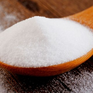 Baking soda – practical uses at home and in the garden