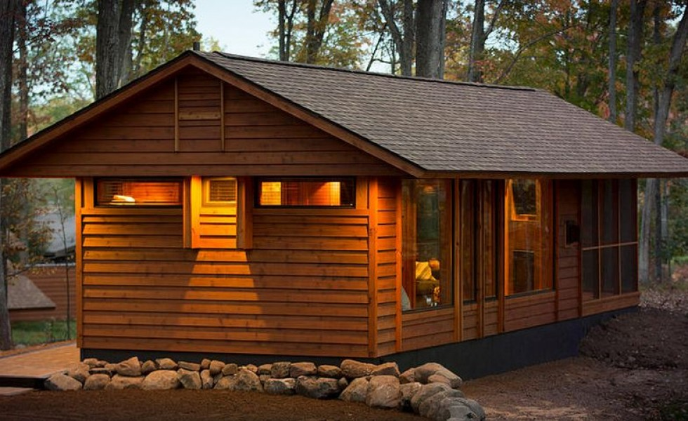 The recreational vehicle turned cabin in the woods
