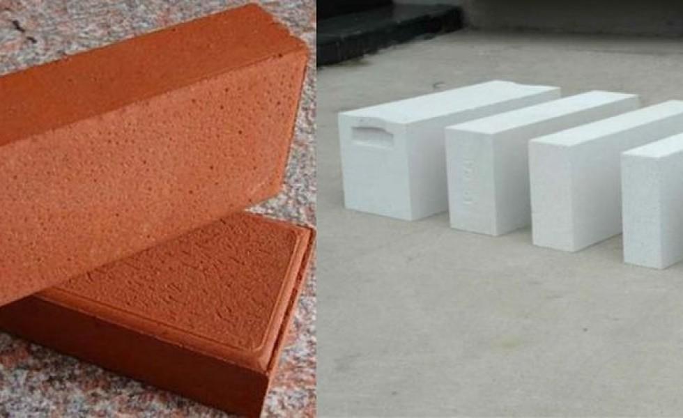 AAC blocks vs clay bricks small comparison