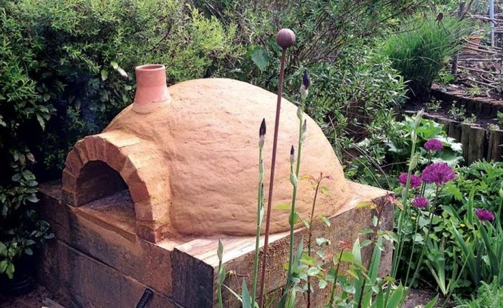 How to build a pizza oven at home