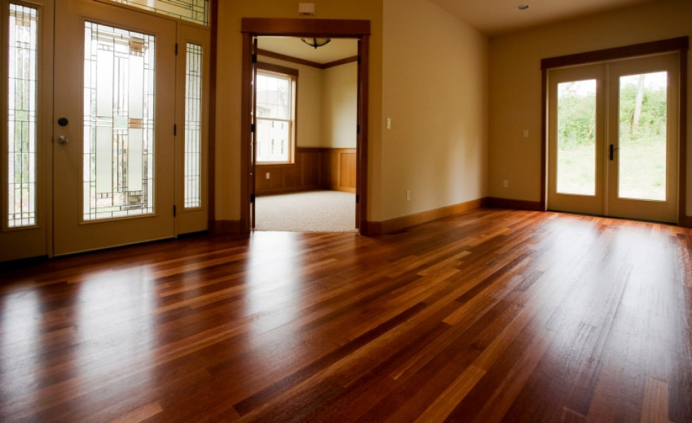 Installing a hardwood floor at home