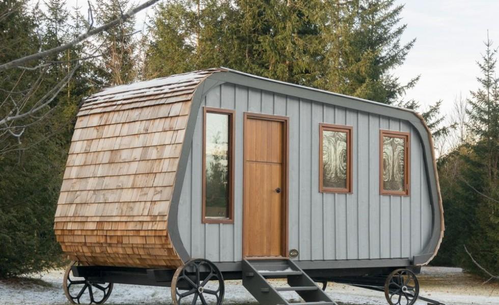 The mobile shepherd's wagon in Canada