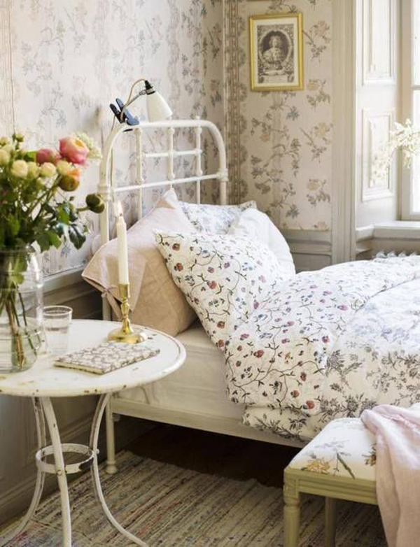 13 Best Vintage Bedroom Decor Ideas And Designs